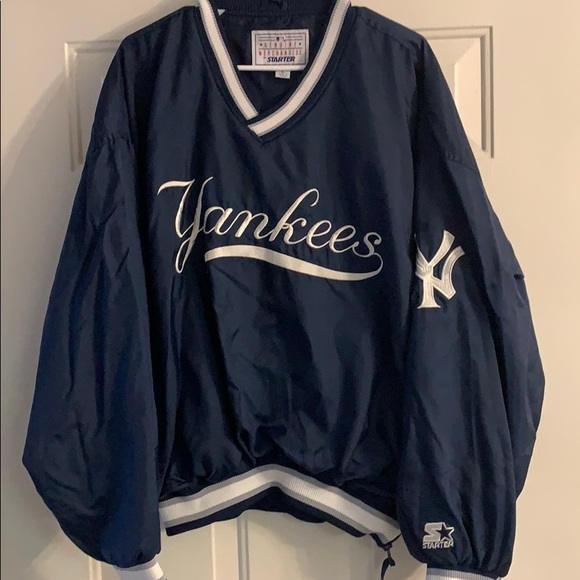 more photos d91ef 995be New York Yankees Pullover Windbreaker Large